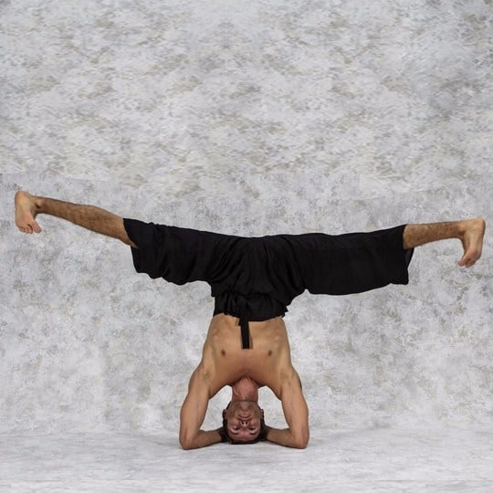 How to do Headstand 3