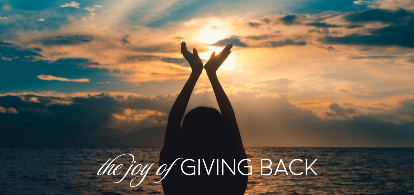 Why Giving Back Makes You Happier (and How to Do It at Home) 1